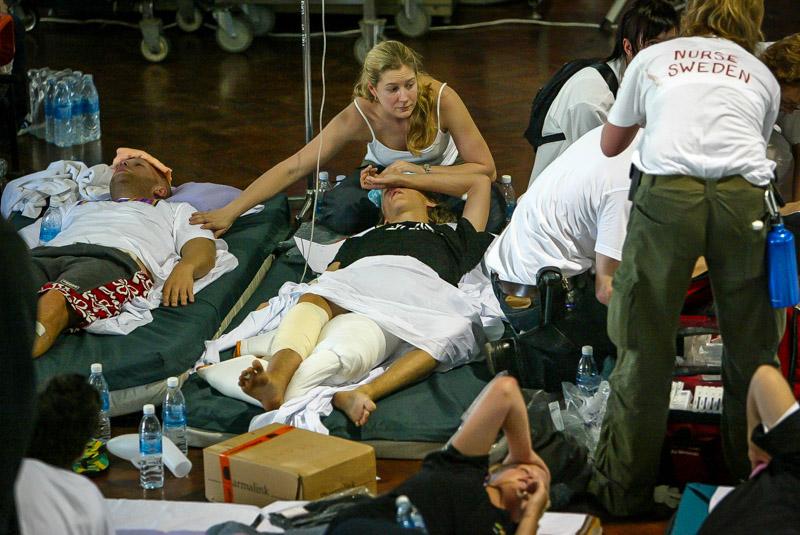 stockholm till bangkok sjuksköterska dräkt