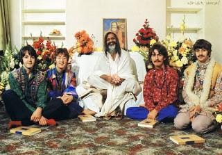 beatles-maharishi-yogi-with-beatles-teaches-transcendental-meditation1.jpg.8816e3ae540a94a7496ef564d8474ff5.jpg