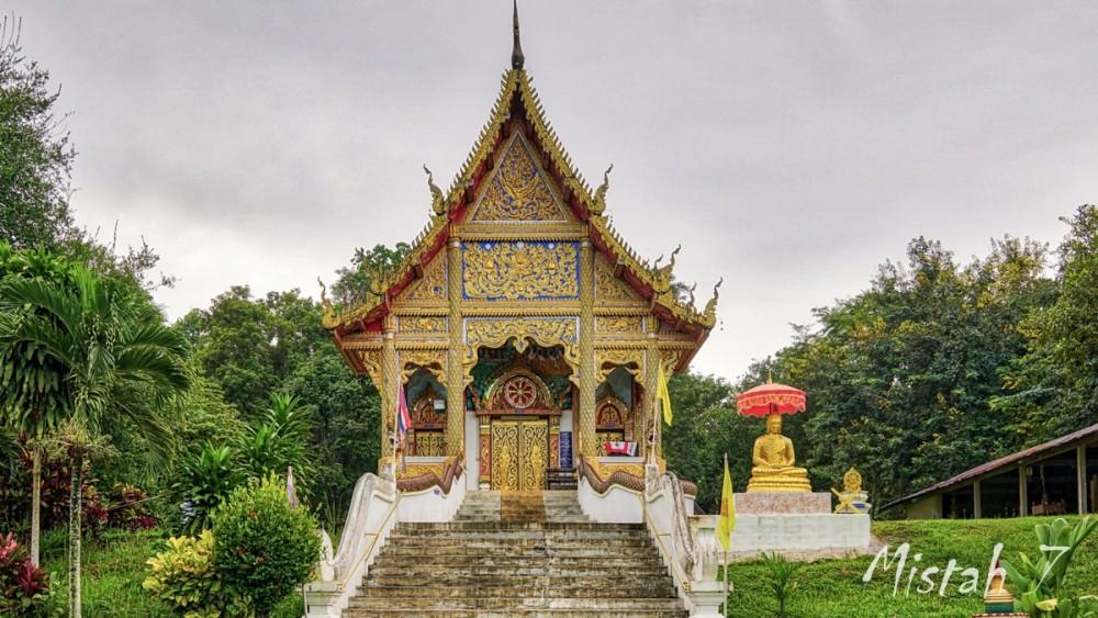 Wat Huai Khom-1.JPG
